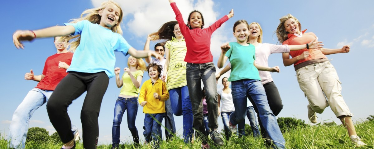 Large group of cheerful young people running in the nature. They are looking at the camera.   [url=http://www.istockphoto.com/search/lightbox/9786750][img]http://img291.imageshack.us/img291/2613/summerc.jpg[/img][/url]  [url=http://www.istockphoto.com/search/lightbox/9786738][img]http://img830.imageshack.us/img830/1561/groupsk.jpg[/img][/url]